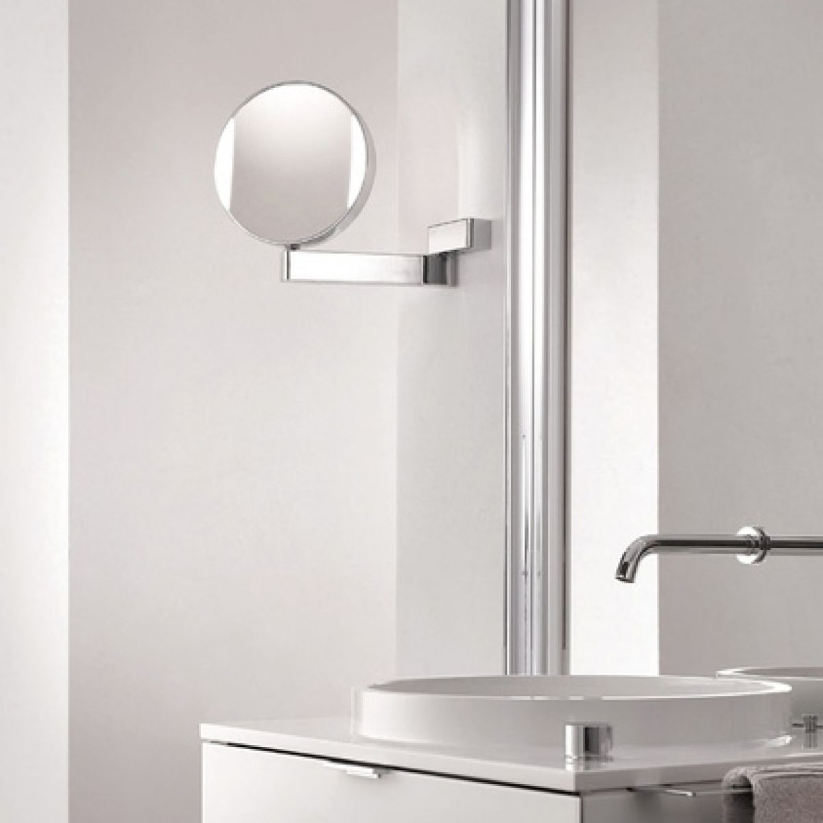 Spiegel Led Hard Wired Reversible Magnifying Mirror 7x 3x Modo Bath