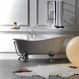 Retro 1051 Glass Resin Bathtub In White with Metal Feet